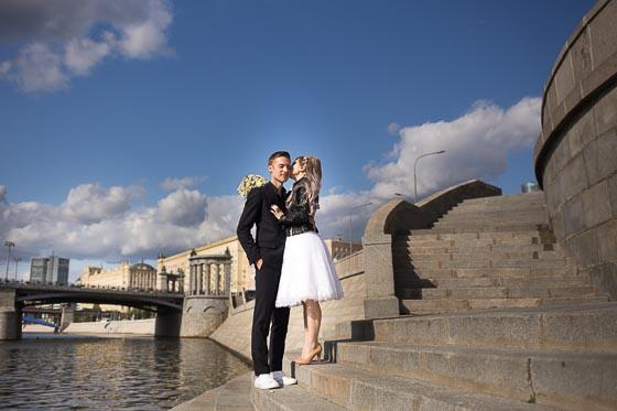 Юля и Саша, регистрация в ЗАГС и прогулка